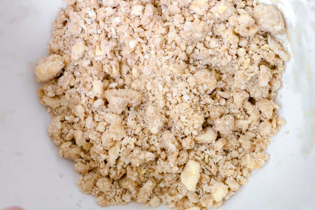 Close up of a crumble crust